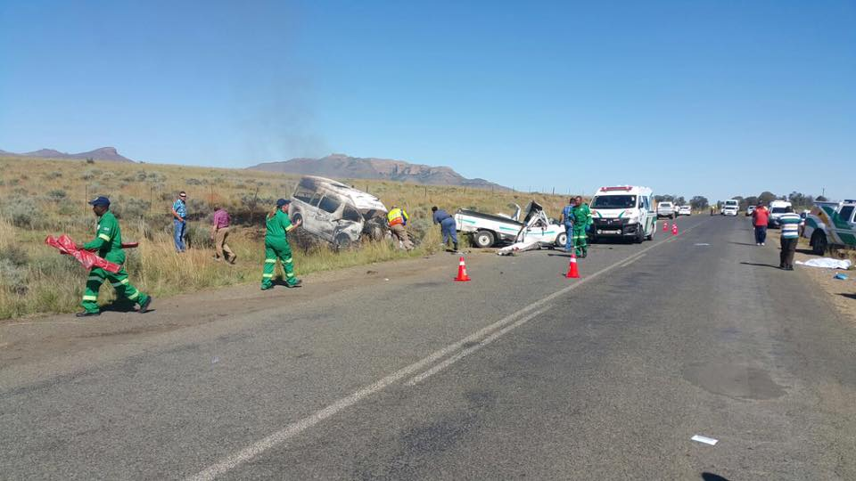 16 PEOPLE WERE KILLED IN HEAD-ON COLLISION BETWEEN TAXI ...